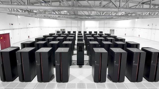 Amerika, Dünya'nın En Hızlı Süper Bilgisayarını Yapıyor