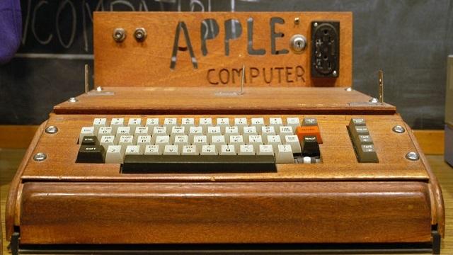 Antika Bilgisayar Apple-1, Açık Arttırmada 830.000 Liraya Satıldı