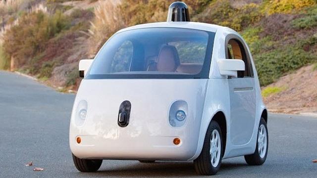 Google, Sürücüsüz Giden Otomobilinin Tamamlanmış İlk Örneğini Tanıttı