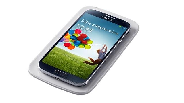 Üst Seviye Samsung Akıllı Telefonlarda Kablosuz Şarj Standart Olacak
