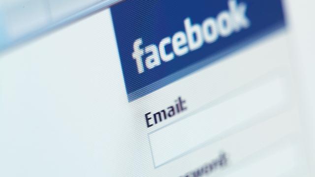 Facebook, Veri Güvenliğinizi Yine Tehlikeye Atacak