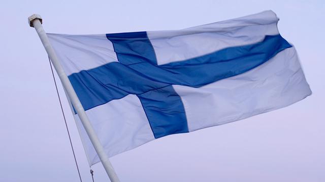 Apple, Finlandiya'nın En Önemli İki Endüstrisini Ele Geçirdi
