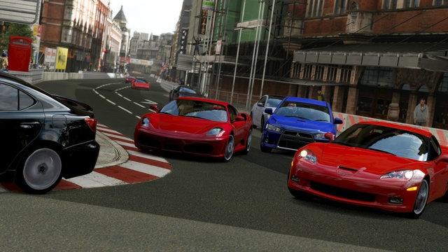 Gran Turismo 6 Playstation 4 için de Gelecek