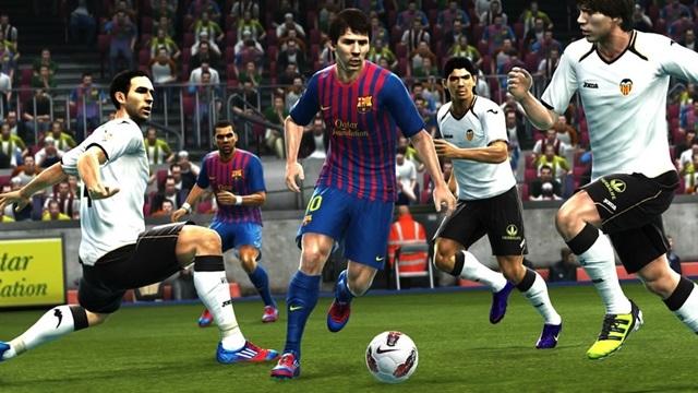 PES 2014'ün FIFA 14'ü Alt Etme Planı