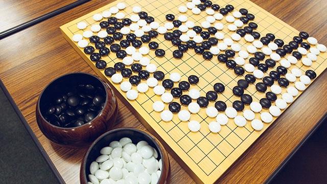 Google'ın Yapay Zekası AlphaGo, Dünya Go Şampiyonunu Devirdi