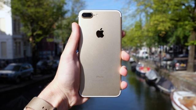 Apple, 78.3 Milyon iPhone Satarak Rekor Kırdı!