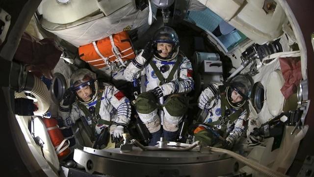Çin'in Uzay Kapsülü Deneyi 180 Gün Sonunda Bitti