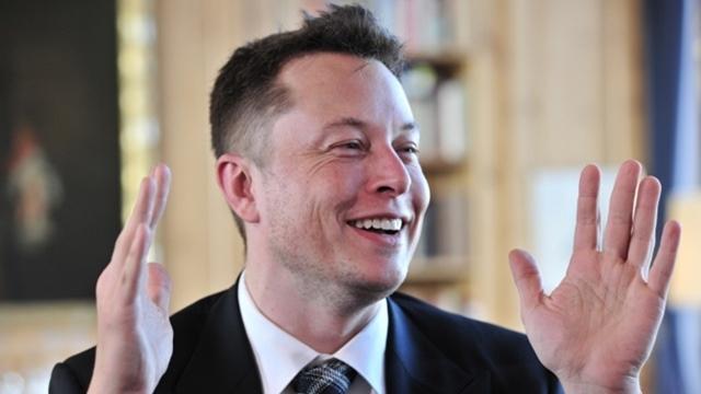 Elon Musk X.com Alan Adını Satın Aldı