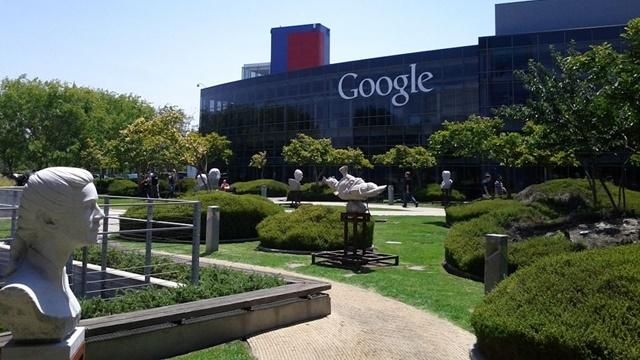 Bir Google Çalışanı Şirketin Gizlilik Politikalarına Dava Açtı