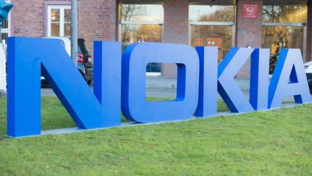 Google, Yeni Nokia Telefonlarla Yakından İlgileniyor