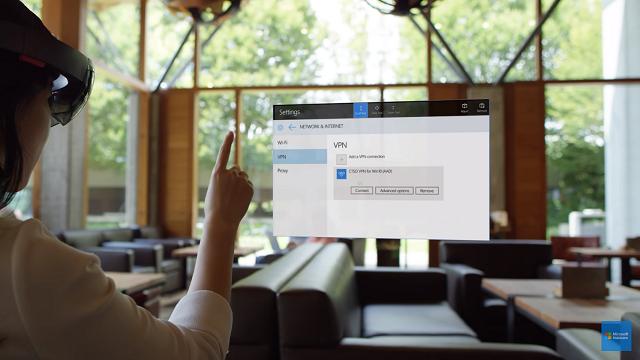 Artık Herkes Bir HoloLens Satın Alabilecek