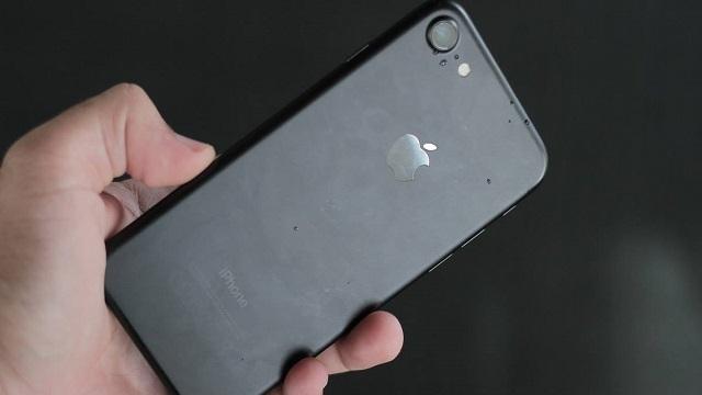 iPhone 7'deki Servis Yok Hatası Apple Tarafından Araştırılıyor
