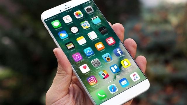 iPhone 8'in Yüz Tanıma Teknolojisi Keşfedildi!