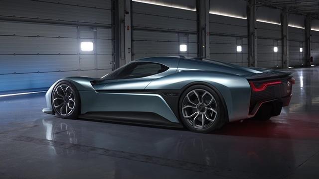 Dünyanın En Hızlı Elektrikli Otomobili NIO EP9 ile Tanışın