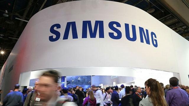 Dünyanın İlk Esnek Ekranı Samsung Tarafından Duyuruldu
