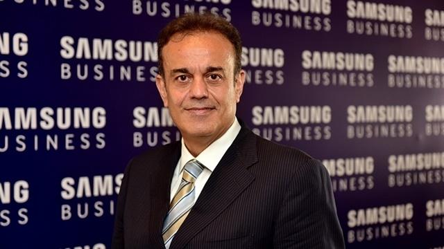 Samsung Türkiye Başkan Yardımcısı Tansu Yeğen, Twitter'da Sorularınızı Yanıtlıyor
