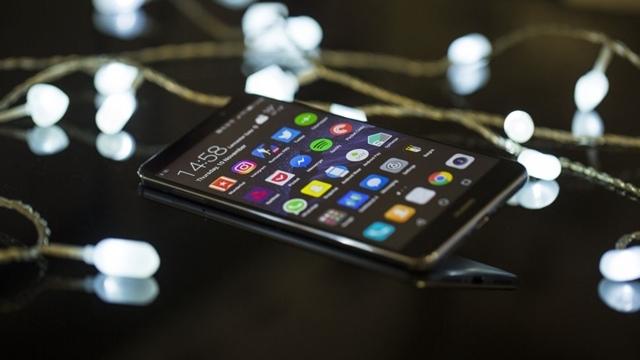 Huawei Mate 10, iPhone 8'den Daha Güçlü Olabilirmiş!