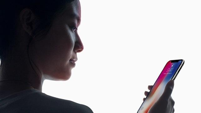 iPhone X'in Face ID Özelliği Acil Durumlarda Devre Dışı Kalabiliyor