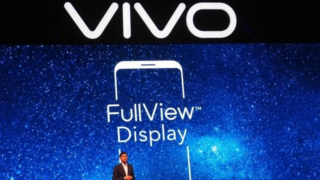 24MP Ön Kameralı Akıllı Telefon: Vivo V7+ Tanıtıldı