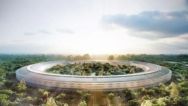 Apple'ın Yeni Kampüsü Drone ile Görüntülendi