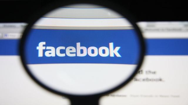 Facebook ve Twitter Asparagas Haberlere Savaş Açtı