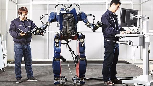 Hyundai Iron Man Zırhı Yapıyor