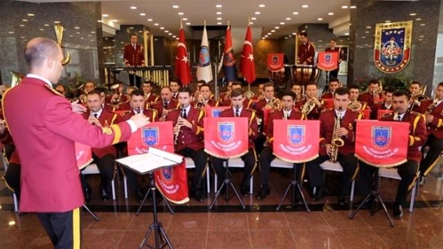 Jandarma Korosu Ak Yürüyenlere Karşı!