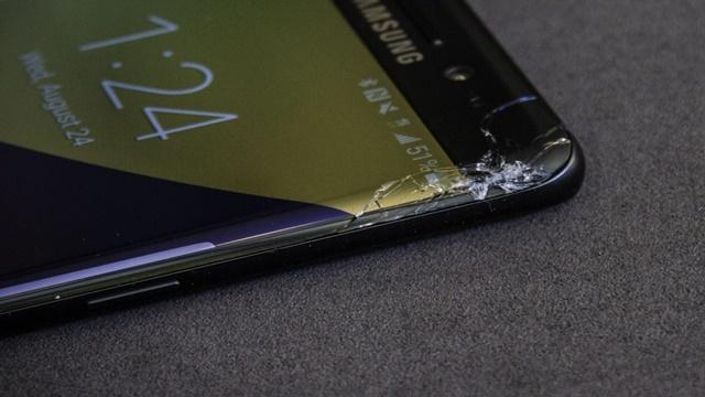Samsung Galaxy Note 7'nin Ekranı Kolay Kırılıyor