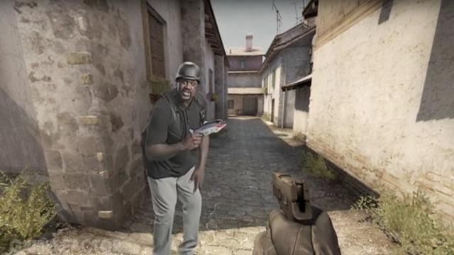 Shaquille O'Neal Counter-Strike Reklamında Boy Gösterdi