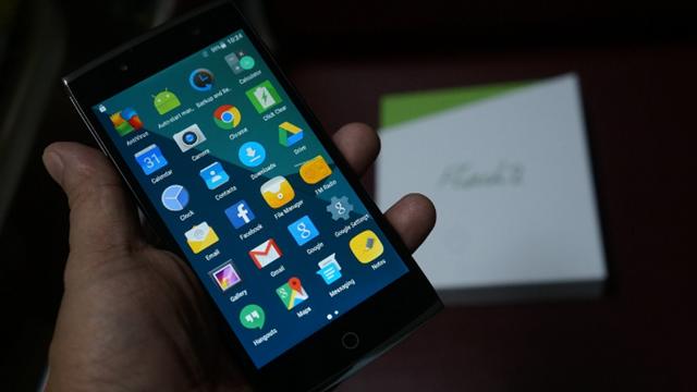 Alcatel Dört Adet Kameraya Sahip Olan Yeni Telefonunu Tanıttı