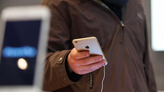 Cebinde Bükülüp Patlayan iPhone 6 Bacağını Yaktı