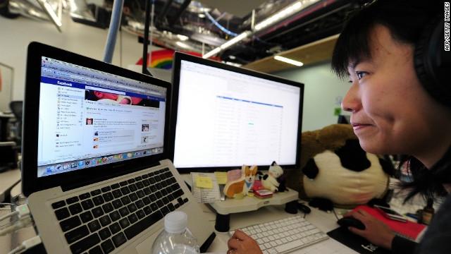 Facebook'un Yeni Sosyal Ağ Projesi: FB@Work