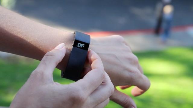 Fitbit Surge'e 3 Yeni Özellik Daha Eklendi