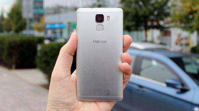 Huawei, Honor 7 Plus'ı Çin'de Sertifika Alarak Resmi Hale Getirdi