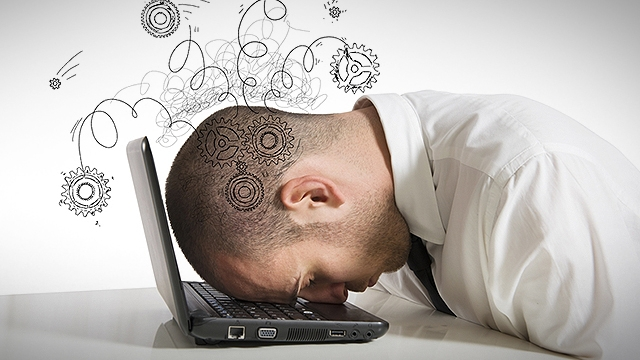 İnternette Dolaşırken Yanlışlıkla Yaptığımız Ömür Bitirici 9 Şey