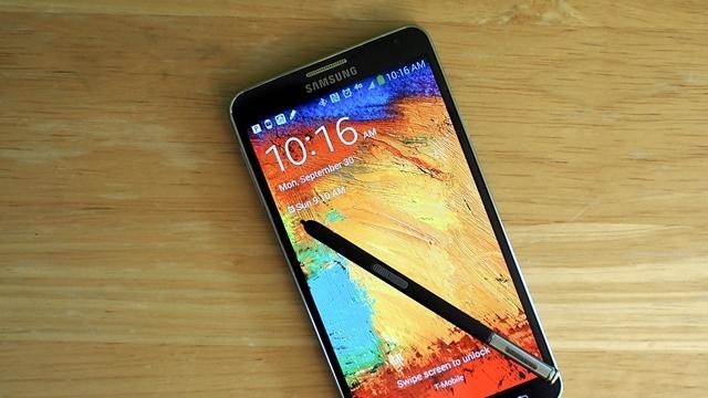 iPhone 6 Plus'tan Sonra Samsung Galaxy Note 4 de mi Bükülüyor?