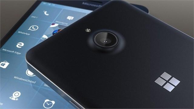 Microsoft Lumia 850'nin Canlı Fotoğrafları Sızdırıldı