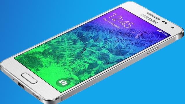 Samsung Galaxy Alpha Satılmak Üzere Raflardaki Yerini Aldı