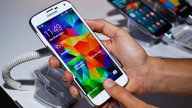 Samsung, Galaxy S5 İçin Hazırladığı Android 6.0.1 Güncellemesini Yanlışlıkla Yayınladı