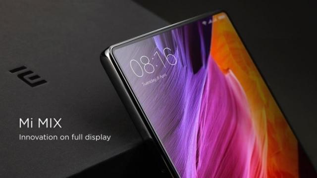 Xiaomi Mi Mix 2'nin Bir Yüzünün Neredeyse Tamamı Ekran Kaplı Olacak