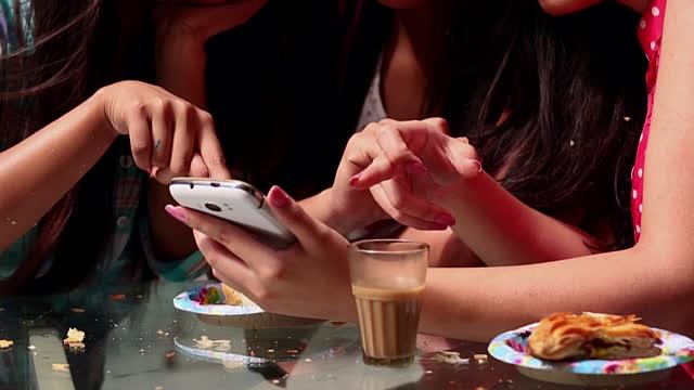 Yılbaşı Gecesinde Çılgınlar Gibi Oynayabileceğiniz Mobil Oyun Önerileri