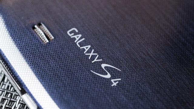 Samsung Galaxy S4'ün 16 GB'lık Modelinde Belleğin Yarısı Dolu Geliyor
