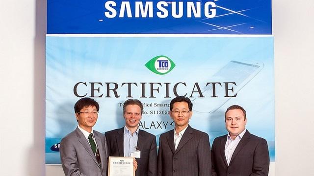 Samsung Galaxy S4, TCO Sertifikası Alan İlk Akıllı Telefon Oldu