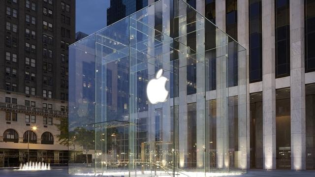 Apple, Harita Uygulamasının Yöneticisini de Kovdu