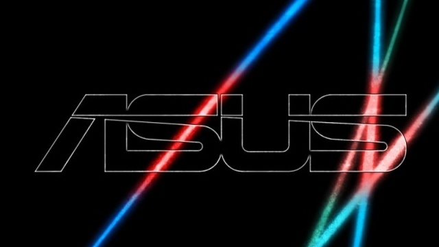 Asus'tan Intel Tabanlı Phablet Yolda