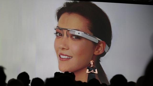 Google Glass Uygulaması, İnsanları Kıyafetleri Aracılığıyla Tanıyor