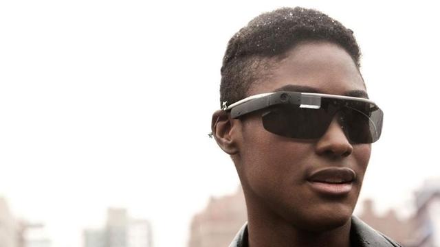 Google Glass Bir Gün Çevrenizdeki Nesneleri Yönetebilir