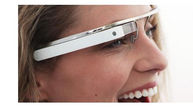 Google Glass Geliştiricilerden Fikir Bekliyor