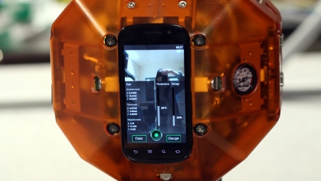 İşte NASA'nın Uzay Robotlarını Çalıştıran Akıllı Telefon