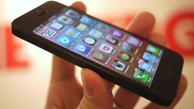 2014'te Gelecek iPhone Daha Büyük Ekranlı Olacak